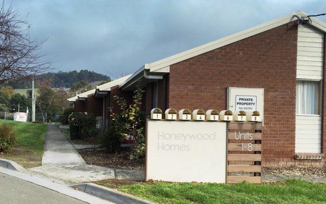 honeywood-homes-sign-3